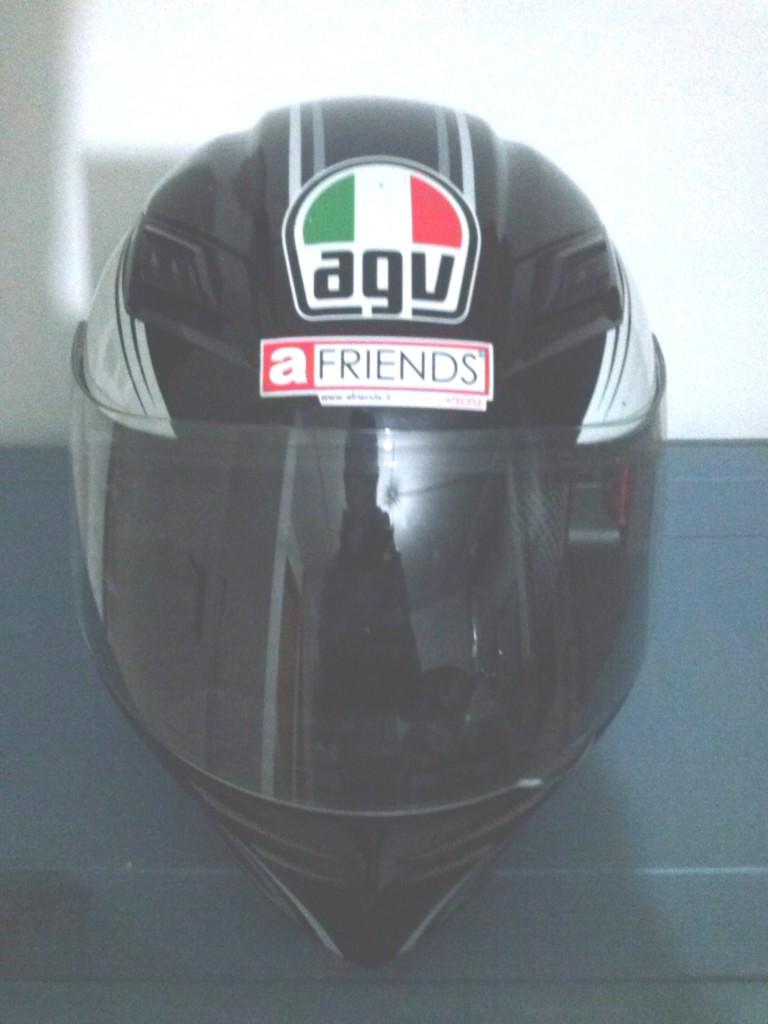 """La... """"Fede"""" in un casco!"""